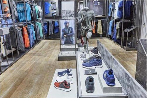 Neuer adidas-Store in Berlin