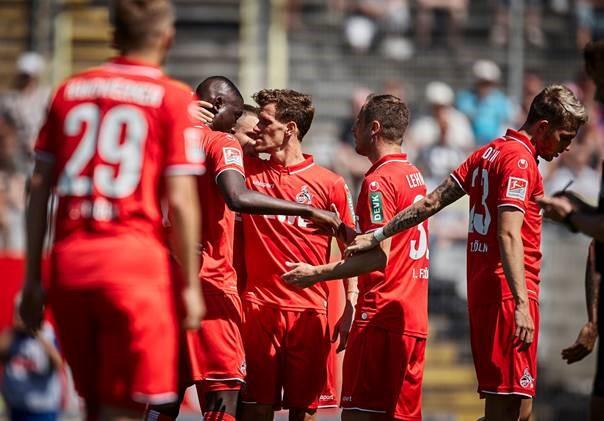 Uhlsport rüstet FC Köln mit Trikots aus