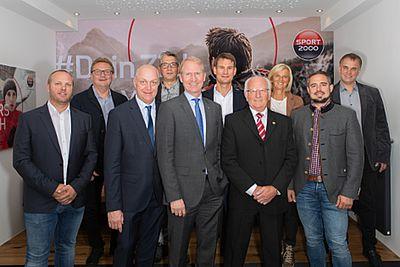 """Sport 2000 Österreich zeichnet """"Händler des Jahres"""" aus"""