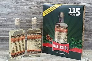 Ballistol 115 Jahre Nostalgieflasche (002)